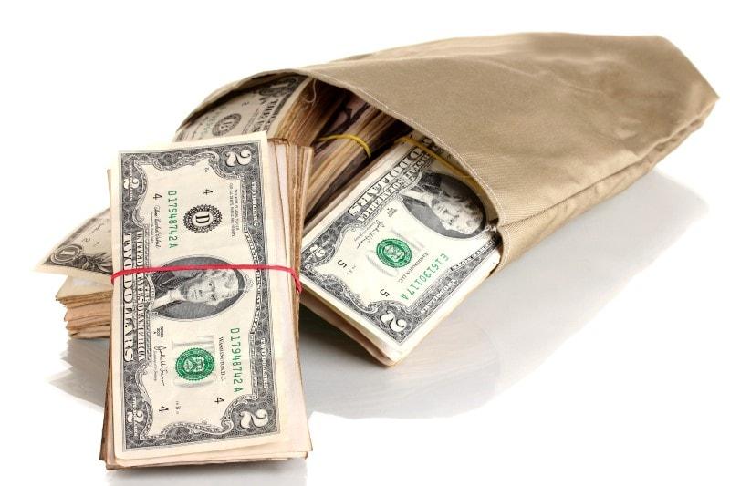 گزارش روزانه قیمت دلار و بازار ارز / شنبه 28 اردیبهشت 1398